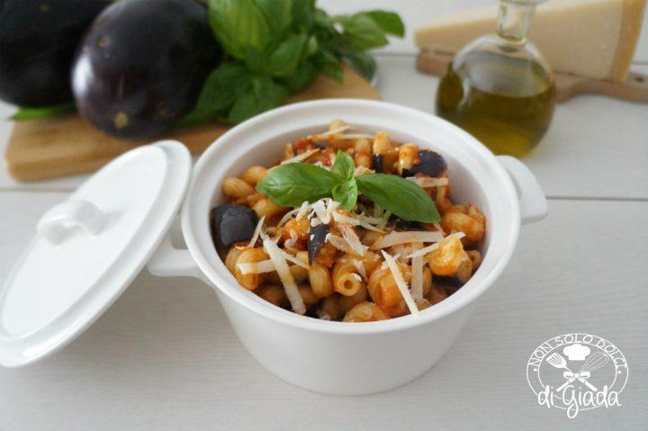 pasta fredda con melanzane alla parmigiana1
