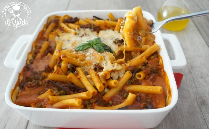 pasta-con-piselli-funghi-e-salsiccia