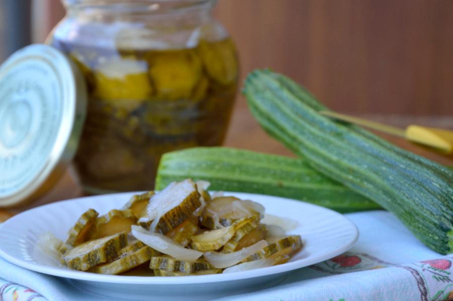 zucchine cipolle croccanti sottaceto