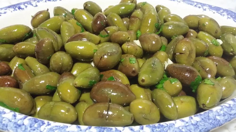 Ricetta Olive schiacciate - La Ricetta di GialloZafferano