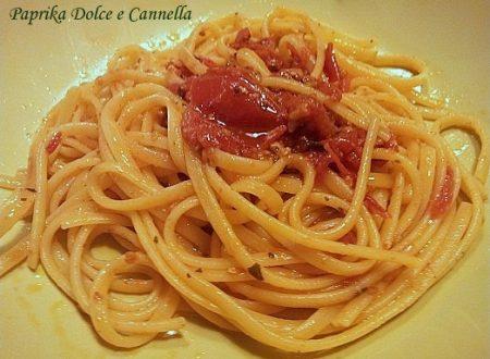 Linguine al Sugo di Salsicce e Pomodorini