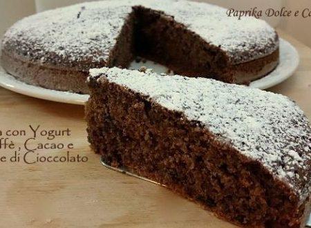 Torta con Yogurt al Caffè e Cacao con Gocce di Cioccolato