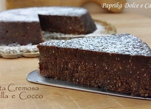 Torta Cremosa con Crema di Nocciole e Cocco (senza cottura)