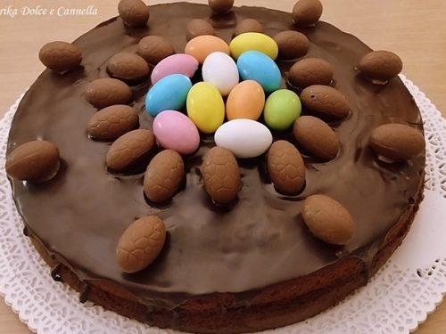 Torta con Ovetti di Cioccolato