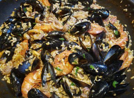 Paella di pesce di Valencia