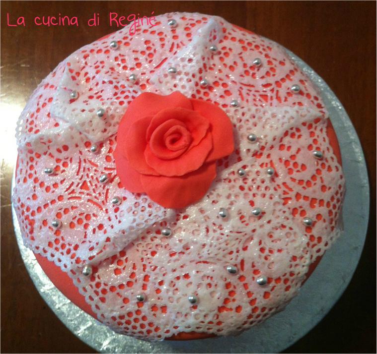 Torta decorata con merletti la cucina di regin - La cucina di sara torte ...