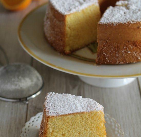 Chiffon cake all'arancia, soffice come una nuvola