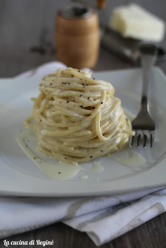 Spaghetti cacio, pepe e crema di patate