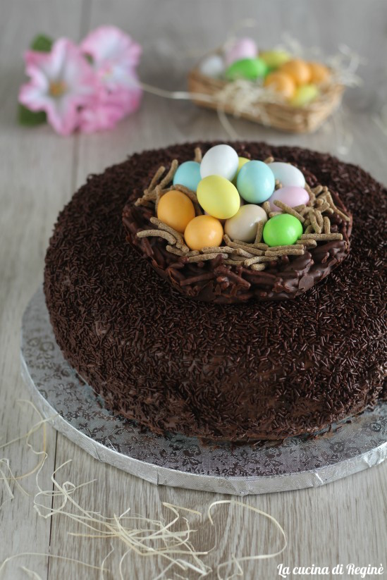 Torta nutellotta nido di pasqua