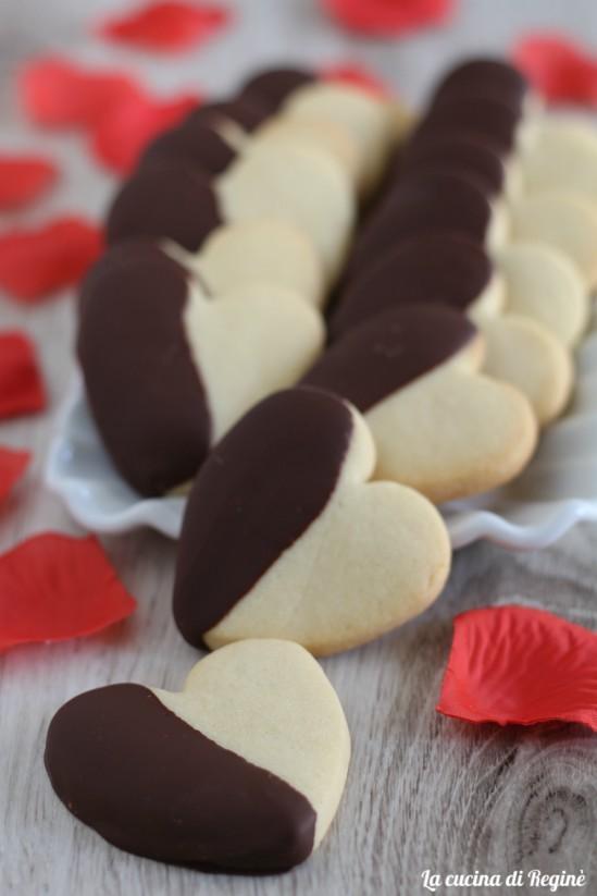 Biscotti al burro a forma di cuore