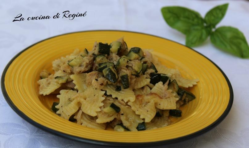 Pasta al tonno e zucchine