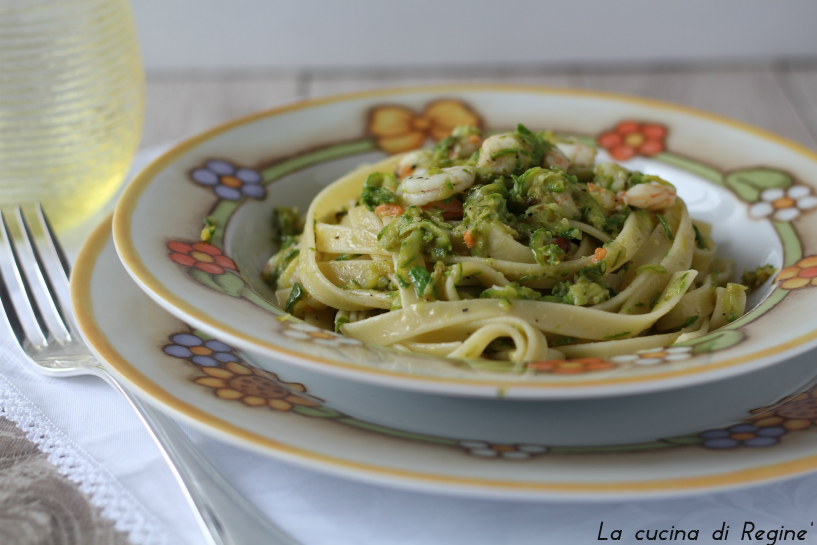 Fettucce zucchine e gamberetti