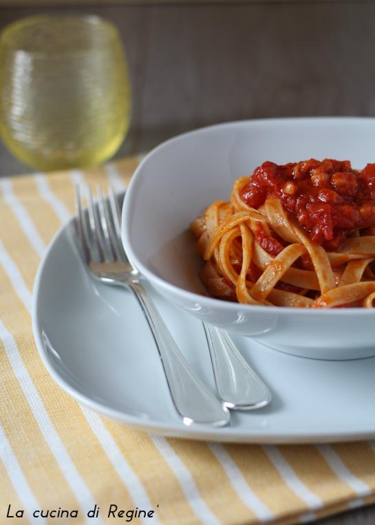 tagliatelle pomodorini e pecorino 1