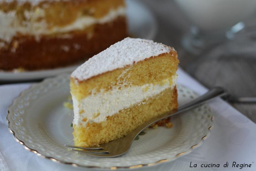 Torta Paradiso farcita con panna