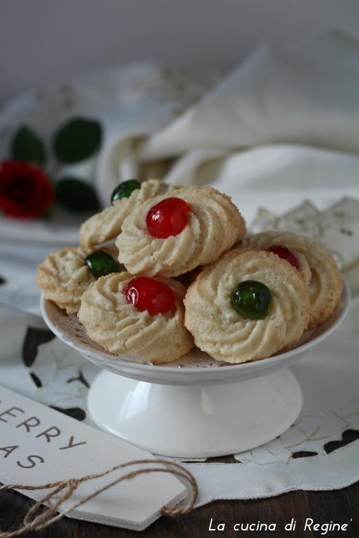 pasticini-di-pasta-di-mandorle-1