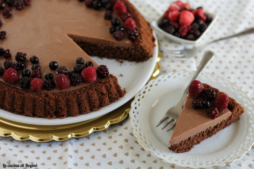 crostata morbida con glassa al cioccolato