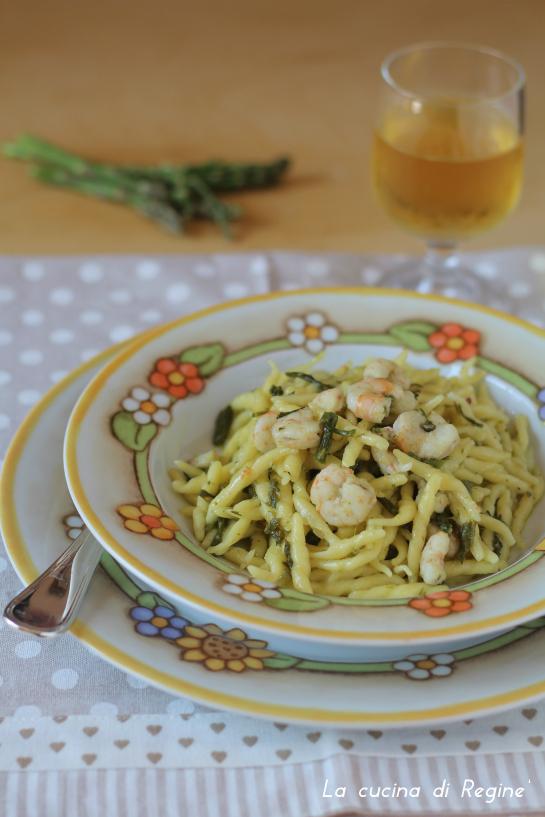 Trofie asparagi e gamberi