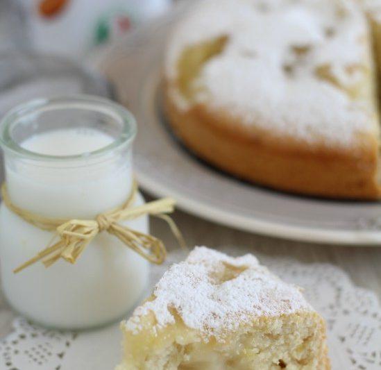 Torta al latte di mandorla e crema di limone