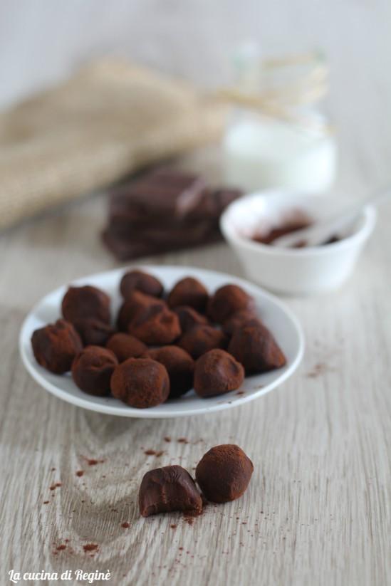 Tartufi freddi al cioccolato