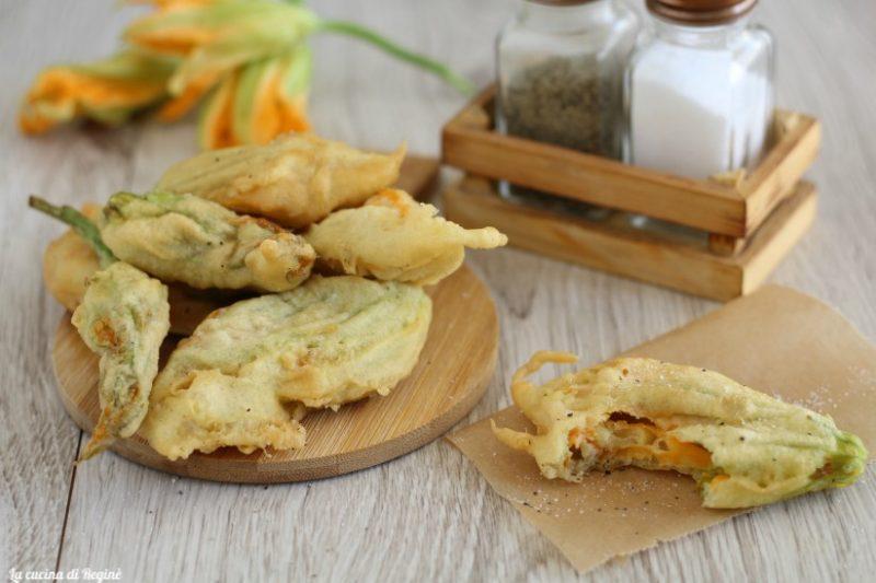 Fiori di zucca in pastella croccanti