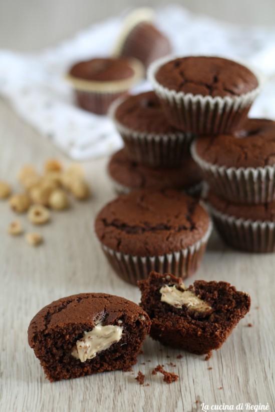 muffin cioccolato e nocciole bianco cuore