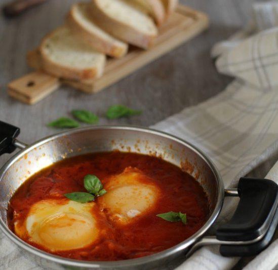 Uova in purgatorio ricetta napoletana