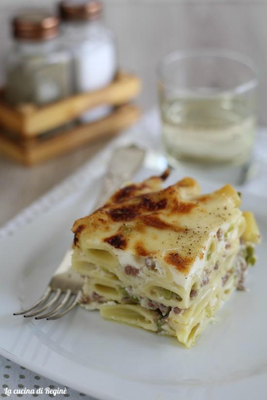 Pasta pasticciata in bianco con besciamella