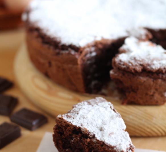 Torta mandorle e cioccolato fondente
