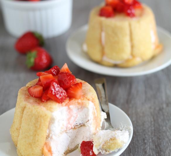 Tortini di pavesini e crema allo yogurt