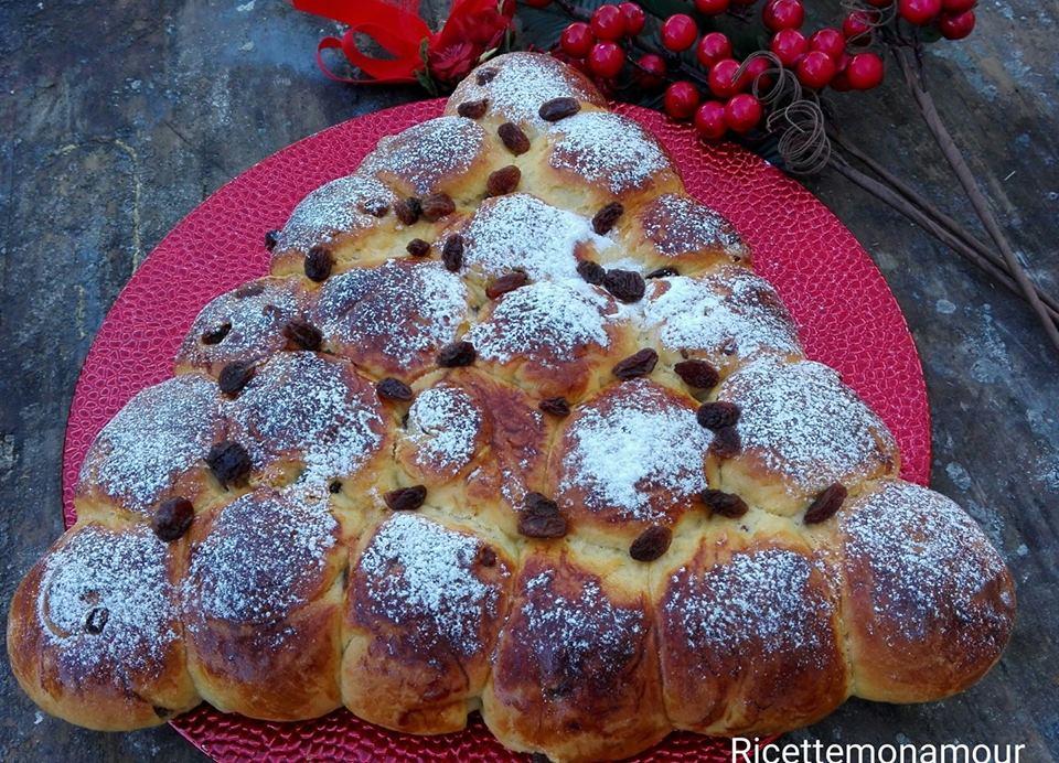 Albero di pan brioche con uvetta, ricetta velocissima
