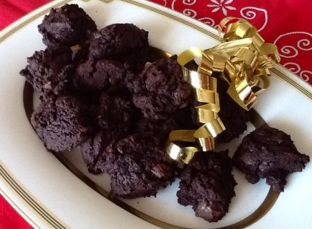 Biscotti al cioccolato e peperoncino al profumo di arancia