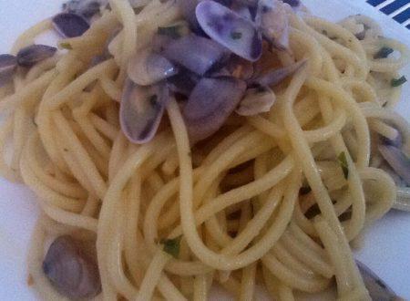 Spaghetti alle telline (scusate ma è troppo bella)