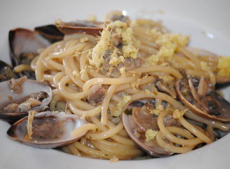 Spaghetti con le vongole ubriache