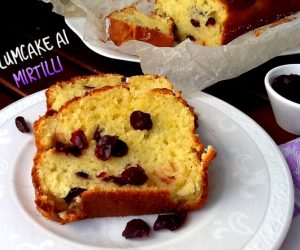 Plumcake yogurt greco e mirtilli
