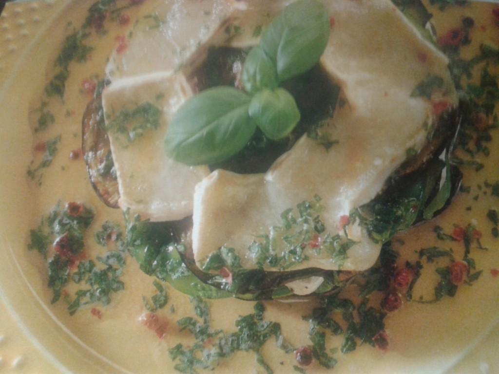 tortino di verdure e brie al basilico