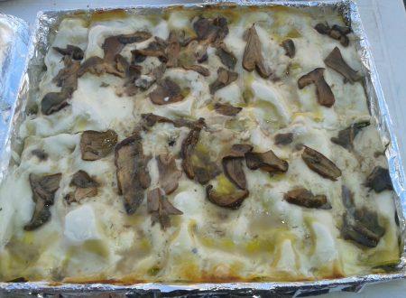 Cannelloni ricotta e spinaci con besciamella ai funghi porcini