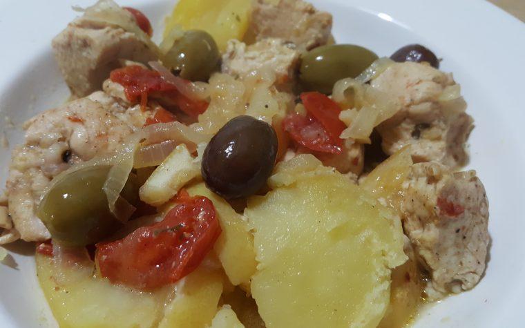 Mqualli – tajine di pollo al limone e olive