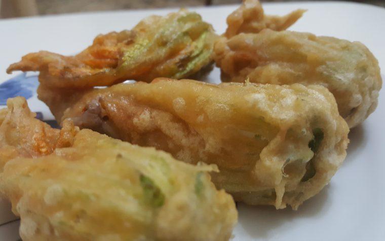 Fiori di zucca fritti alla romana