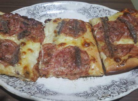 Pizza alla casereccia