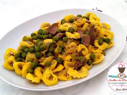 Tortellini pasticciati con prosciutto e funghi