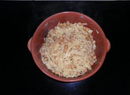 Tagliolini con i ceci con peperoncino dolce