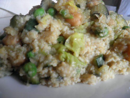 Cous cous vegetariano con verdure e legumi