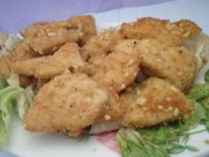Mini cotolette di pollo croccanti con nocciole