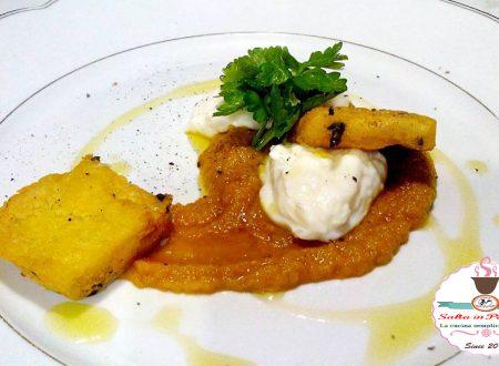 Crema di carote zenzero e curry con stracchino e panelle di ceci