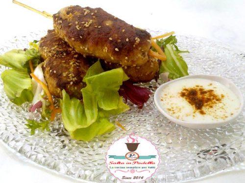 Mini Kebab con erbe aromatiche e Semi di Sesamo