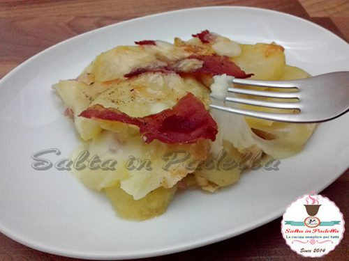 Parmigiana di patate con prosciutto cotto e Caciocavallo