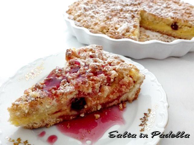 Torta Sbriciolotta con crema pasticcera e amarene