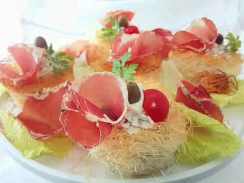 Nidi croccanti con mousse di parmigiano e Filone