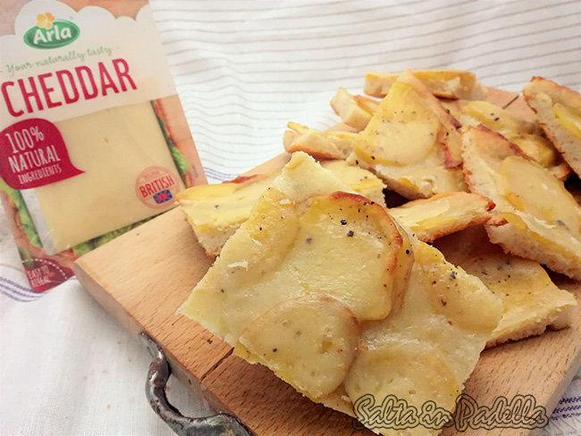 Focaccia Cheddar e patate a lievitazione naturale