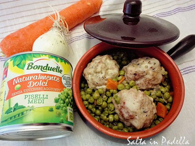 Polpette in umido con piselli e carote